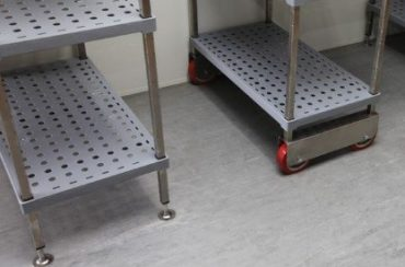 Cool room shelves - Allen Air & Refrigeration